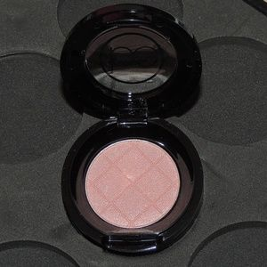 beauticontrol Makeup - Beauticontrol color impact eyeshadow - Silk